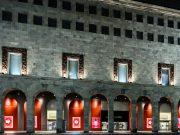 Sì Fiori di Giorgio Armani veste Rinascente Duomo