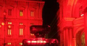 Chanel Red Edition colora il Natale milanese di rosso